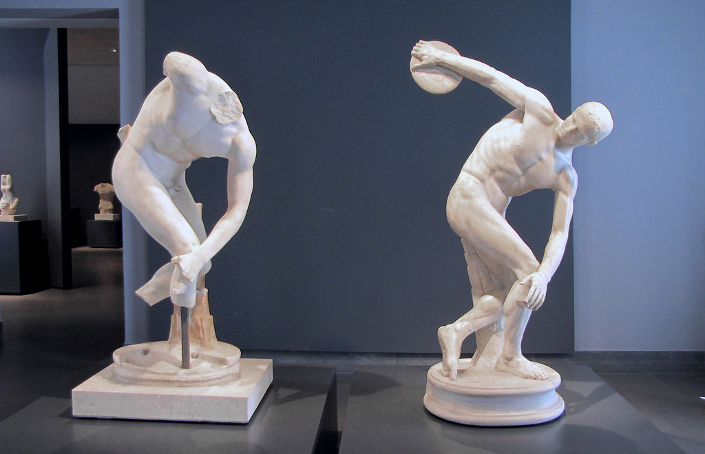 discobolus facts A history of the discobolus: fragments of representation from myron to the 1990s synthia s slowikowski university of illinois, urbana the discobolus appears in fragments of our everyday history in physical culture.