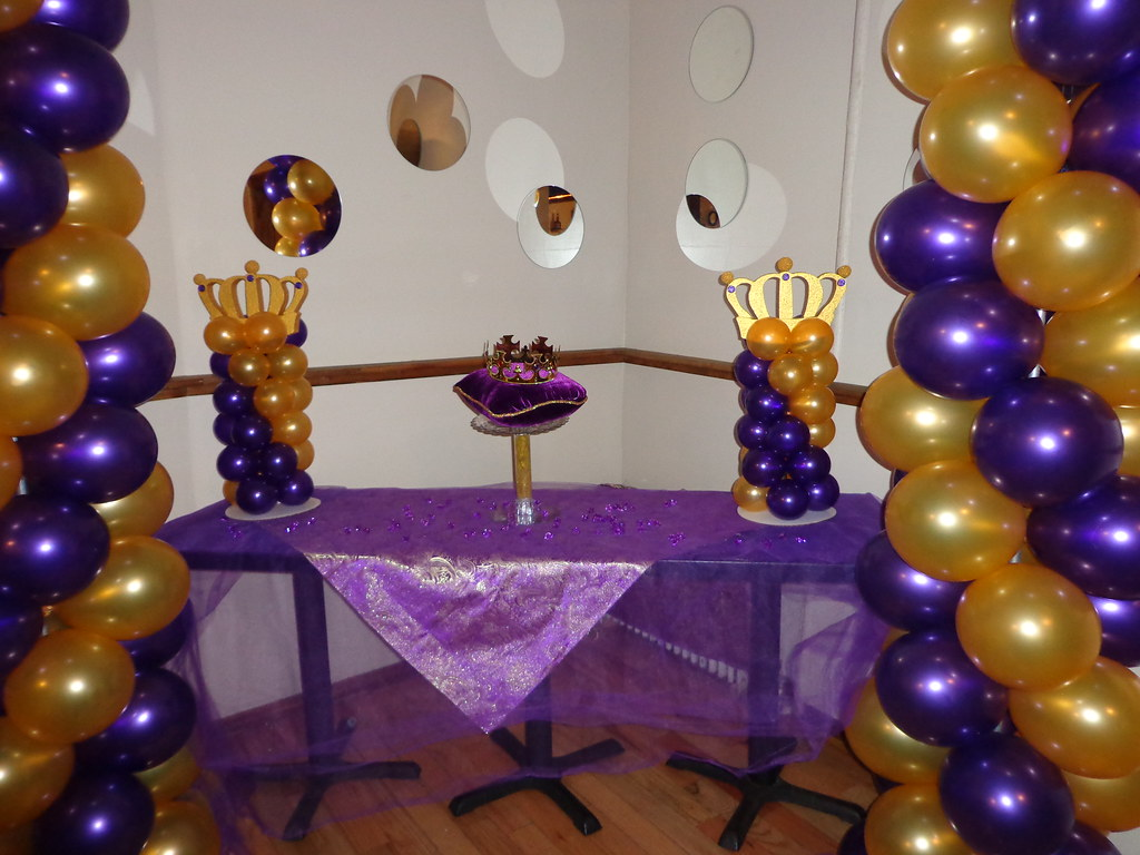 royal themed baby shower by