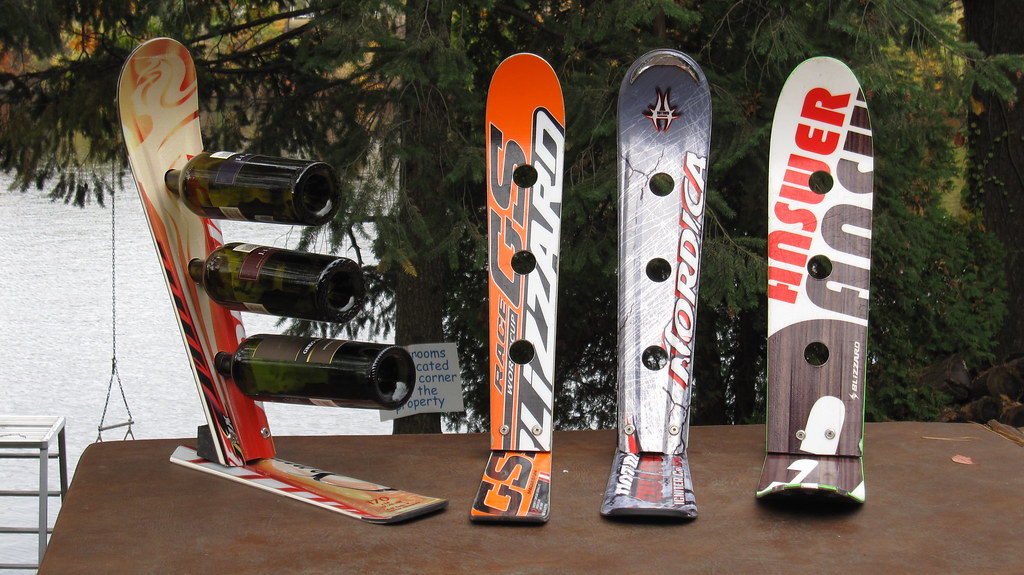 Special Recycled Snow Ski Wine Rack