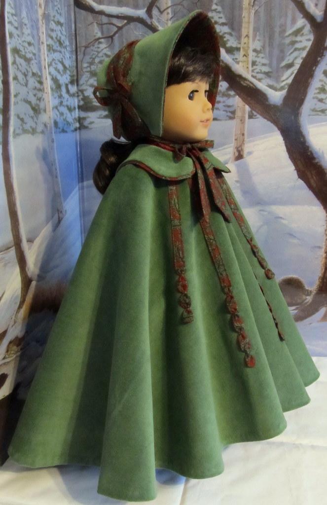 mid 1800 u0026 39 s full circle christmas cloak and bonnet