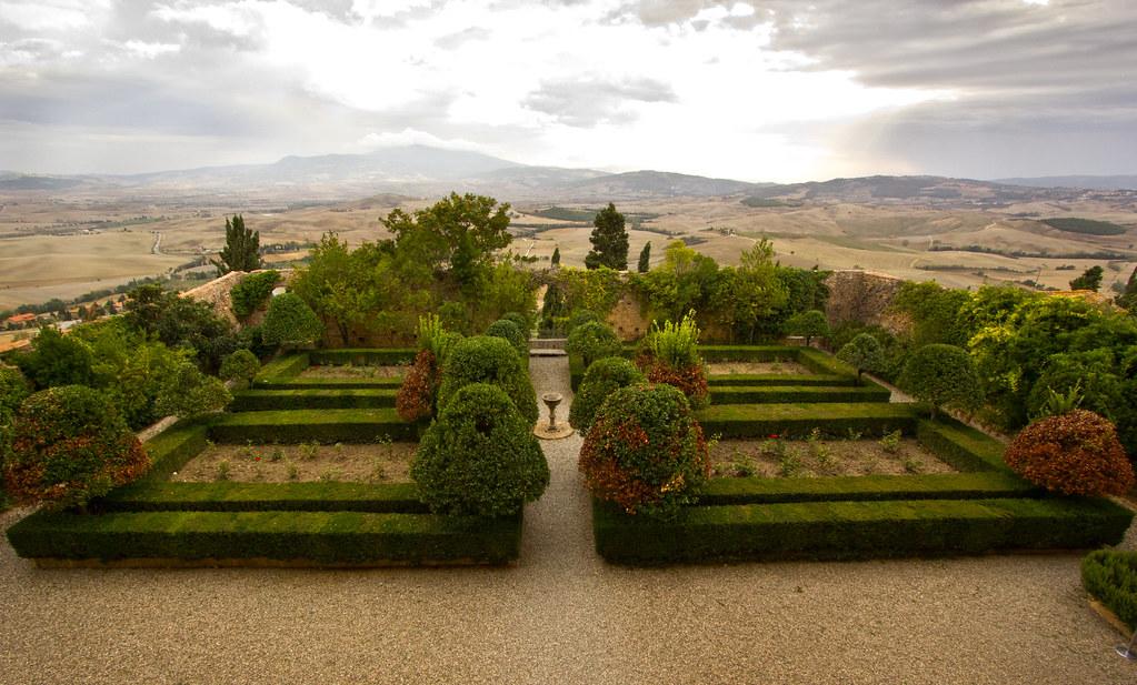 Pienza palazzo piccolomini il giardino img 5840 flickr for Giardino 3d gratis italiano