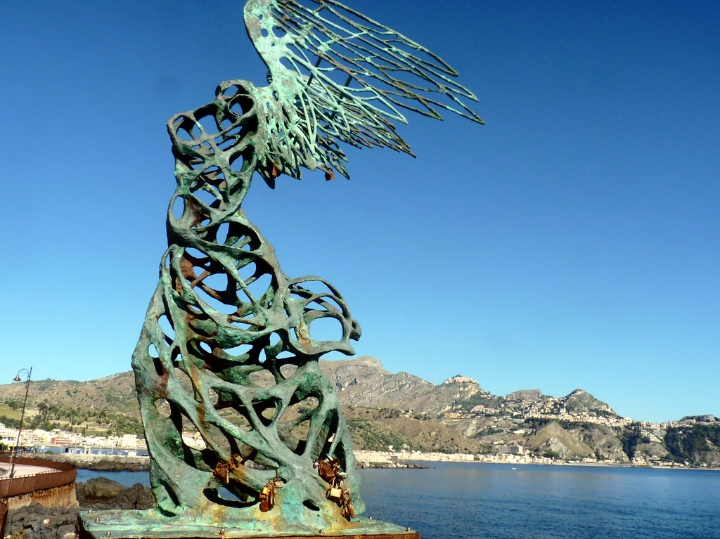 Giardini naxos nike di samotracia naxos fu fondata nel - Immagini di giardini di villette ...