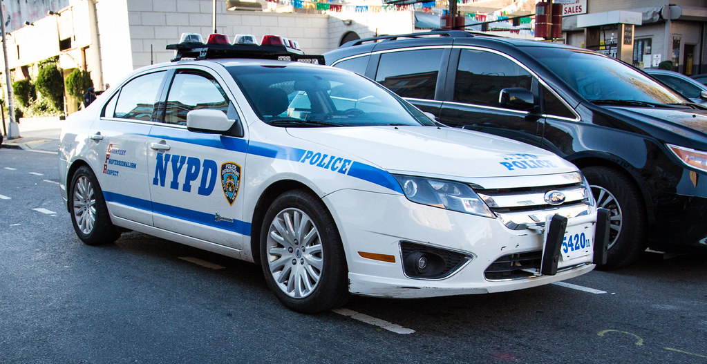 ford fusion nypd police car