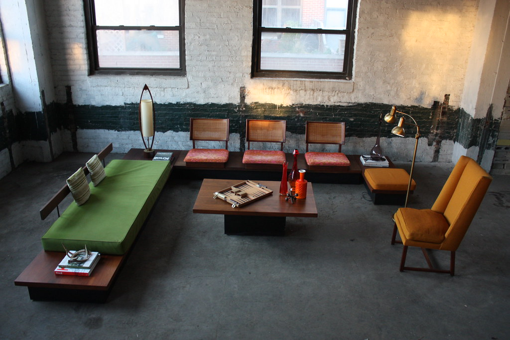 ... U.S.A. Stunning Milo Baughman Mid Century Modern Platform Sofa Bench Sectional Group (Thayer Coggin U.S.A. : platform sectional sofa - Sectionals, Sofas & Couches