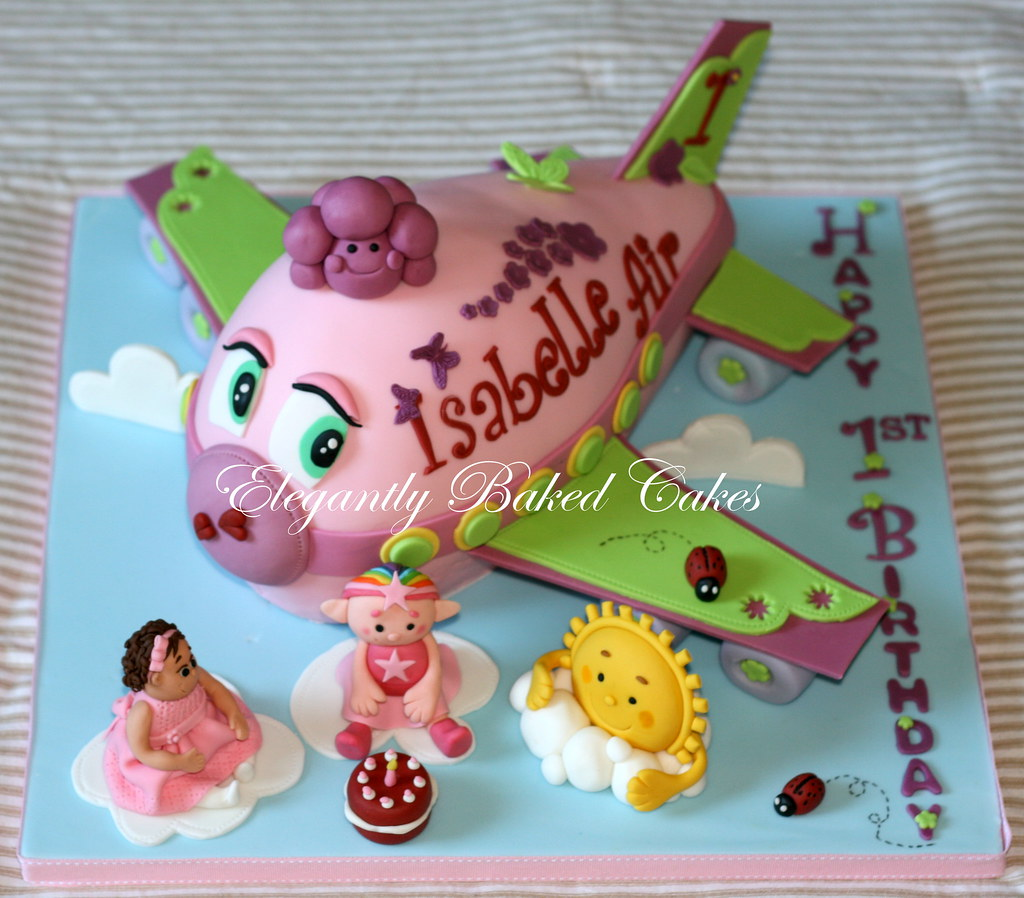 Isabelles Airplane cake This cake was made for a little g Flickr