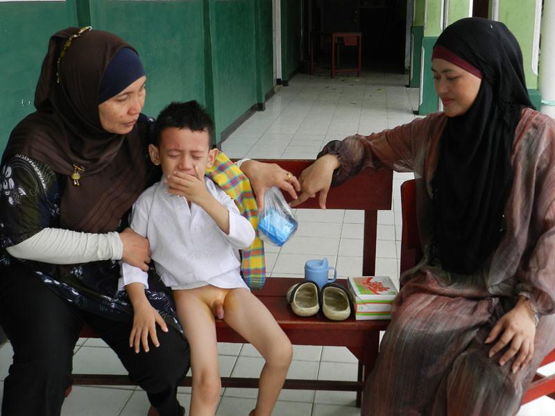 Khitanan Masal & Pengobatan Gratis (8) | noahmind | Flickr