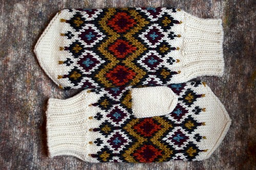 Hickory Mittens | by helloyarn
