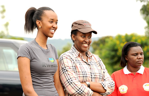 First Lady, Jeannette Kagame and daughter, Ange Kagame share a light moment. Looking on is the Minister in the Office of the President, Venantia Tugireyezu - Kigali, 29 December 2012 | by Paul Kagame