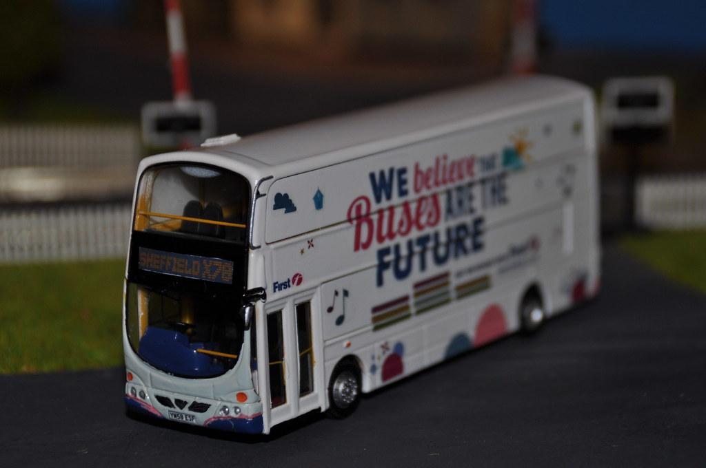 Code 3 first bus YN58 ESF | first bus sheffield 37510 YN58 E ...