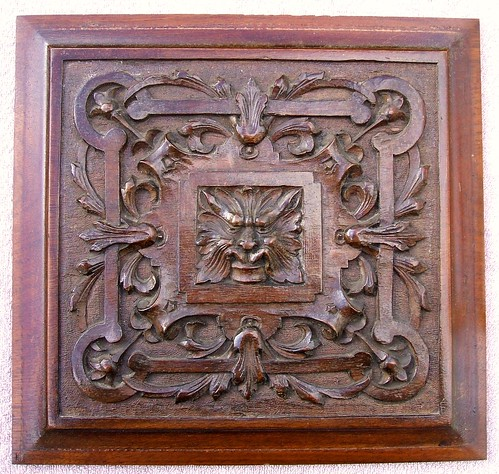 Green man floral motif wood carving antique mahogany pan