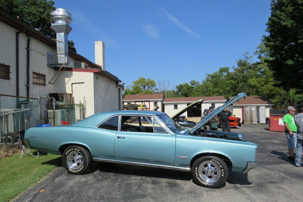 Thomas Barone Norristown Car Show Pontiac Tempes Flickr - Thomas chevrolet car show