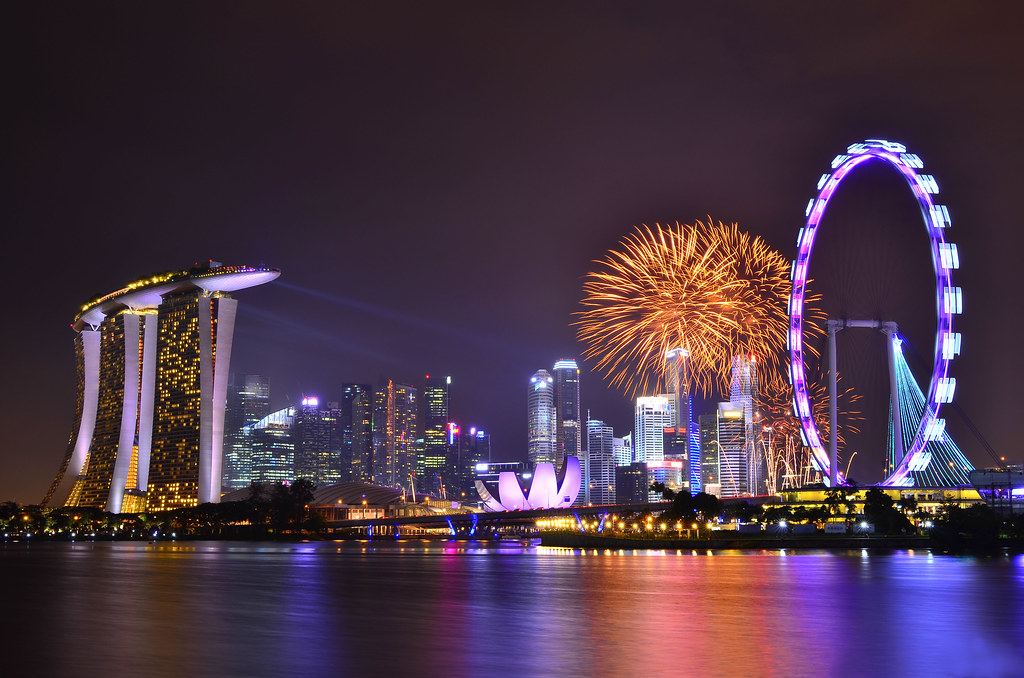 ndp fireworks bay east gardens the wacky duo singapore singapore countdown firework as the clock ticks away flickr