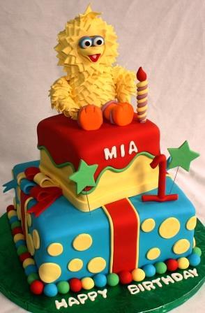 Baby Big Bird 2 Tiered Presents 1st Birthday Cake