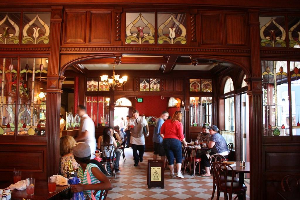 Disneyland New Orleans Cafe
