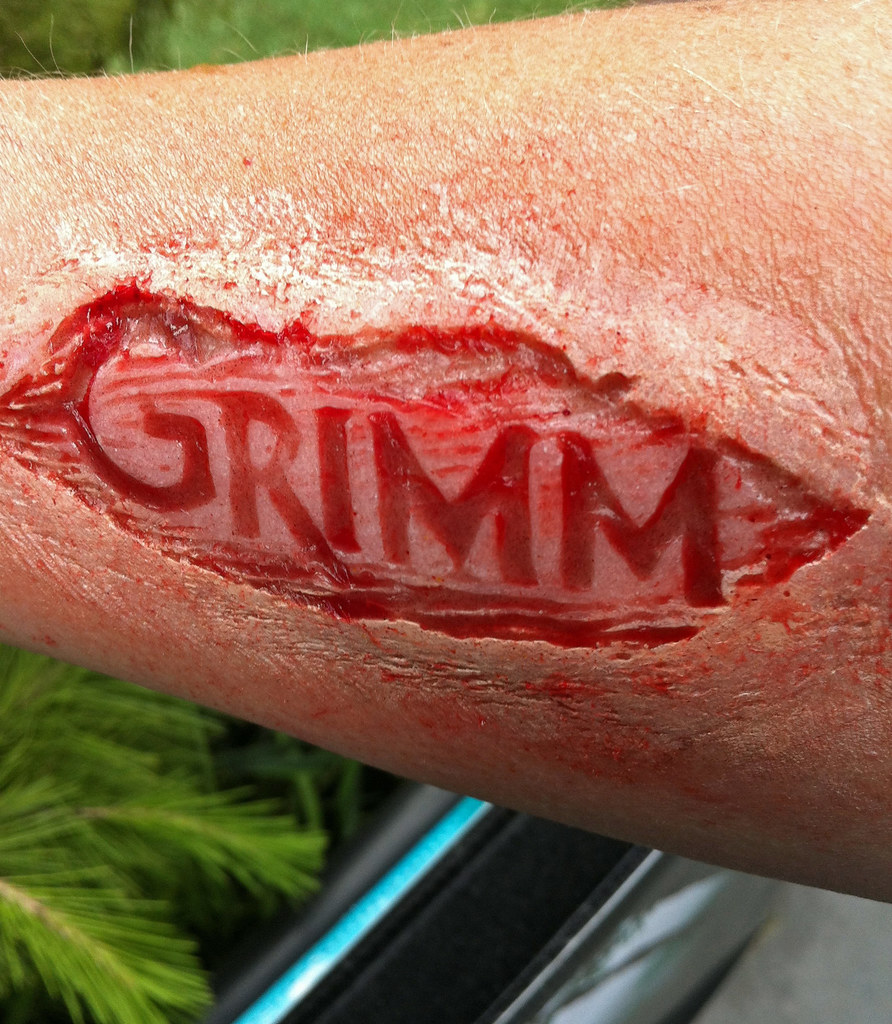 Grimm skin carving i waited in line for hours