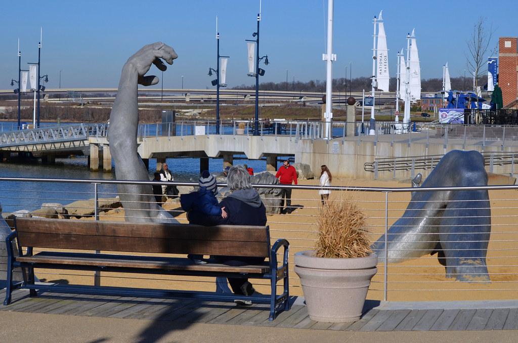 2012 12 14 130 national harbor statue jim fleenor for National harbor statue