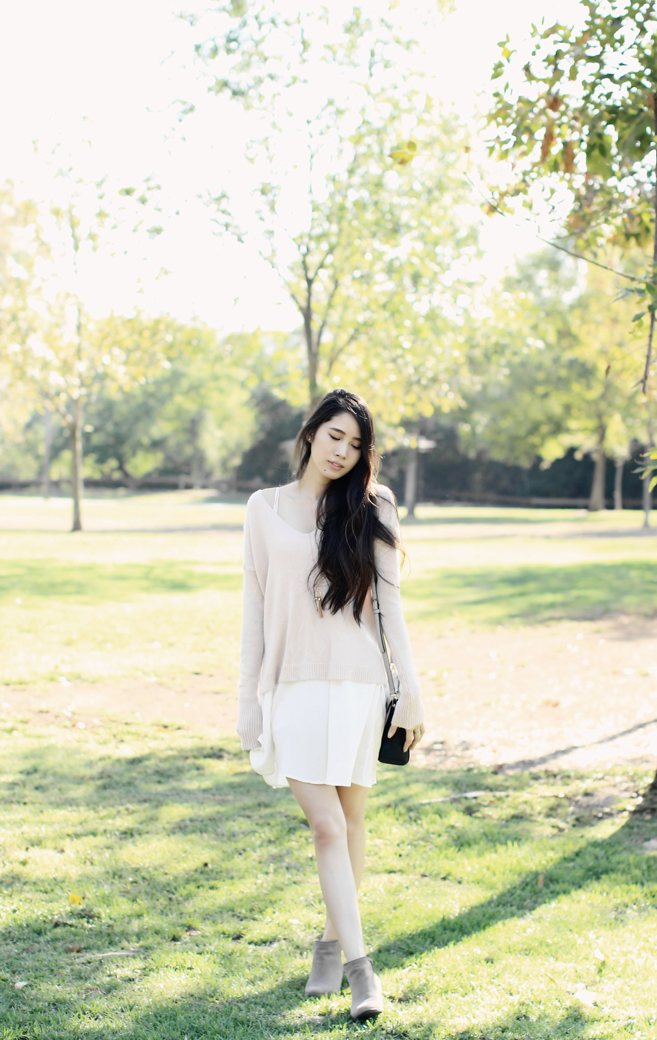 0735-fallfashion-autumn-white-dress-pink-sweater-knit-fall