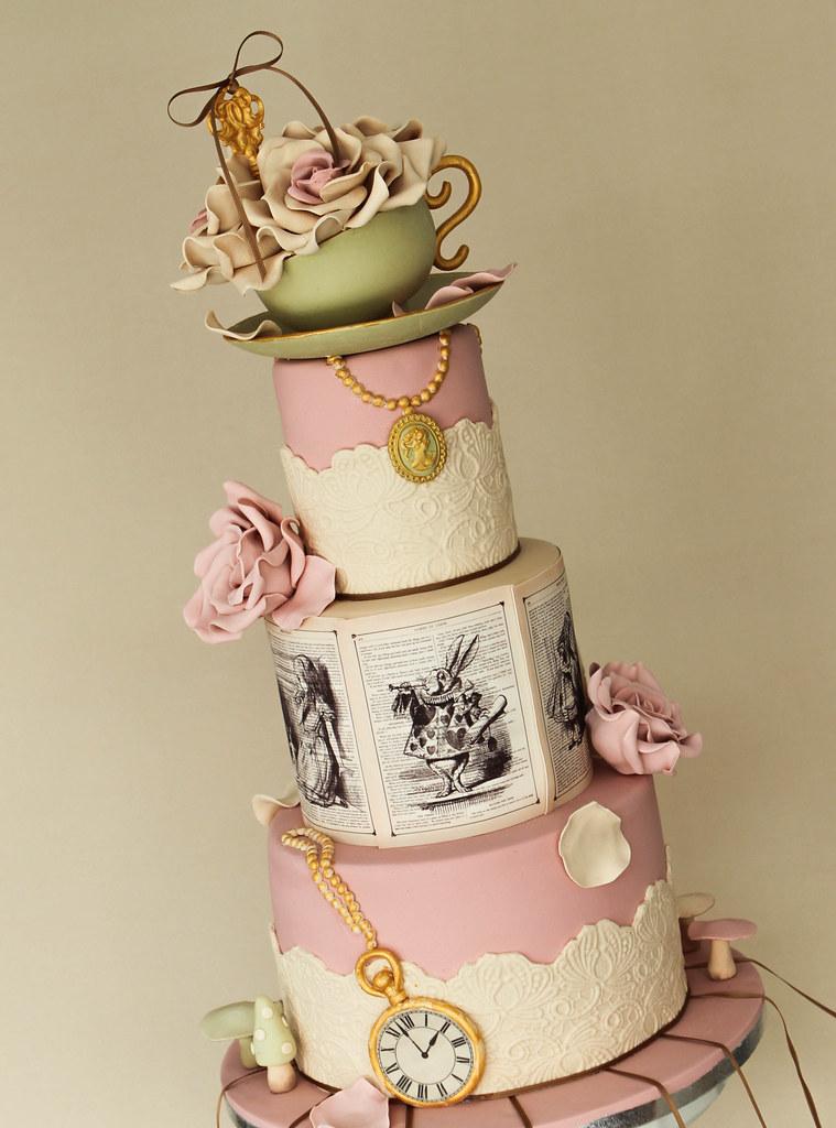 Alice in Wonderland Wedding Cake Ideas Alice in Wonderland Wedding
