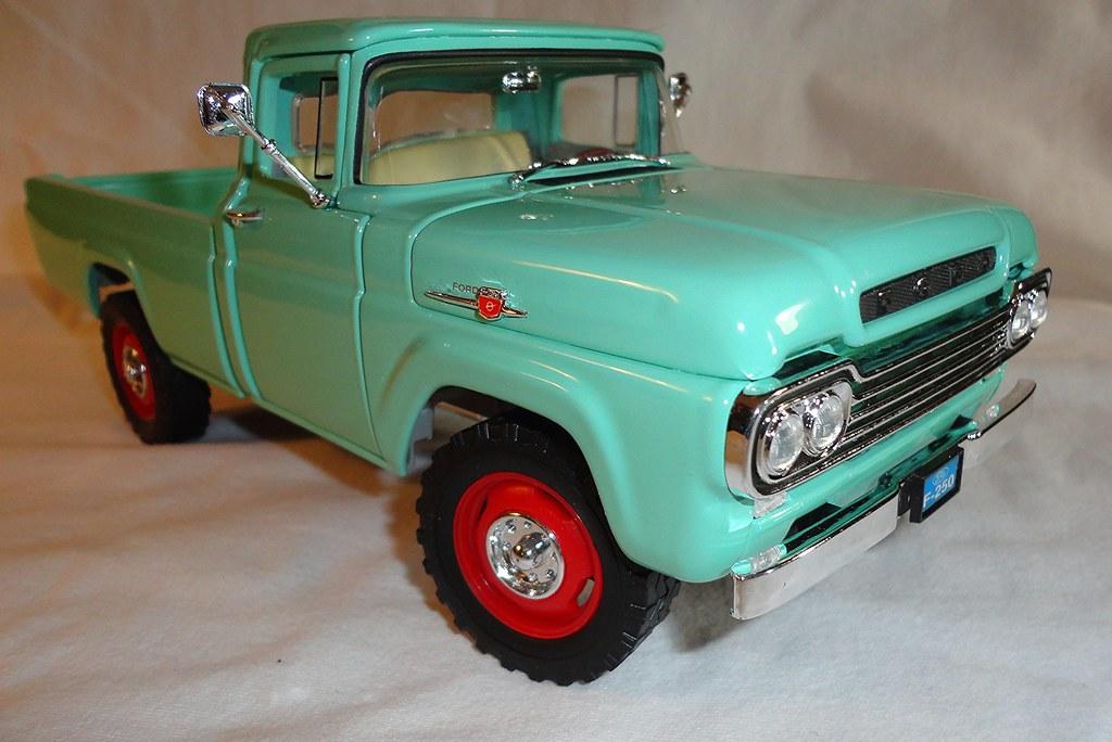 Pickup di modellismo statico scala 1:18 per Ford ...