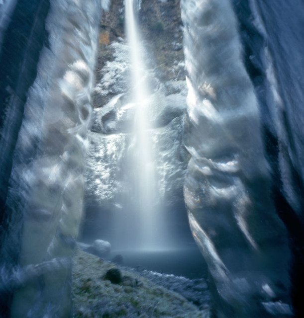 Multnomah Falls, frozen, 120 seconds   Flickr - Photo Sharing!
