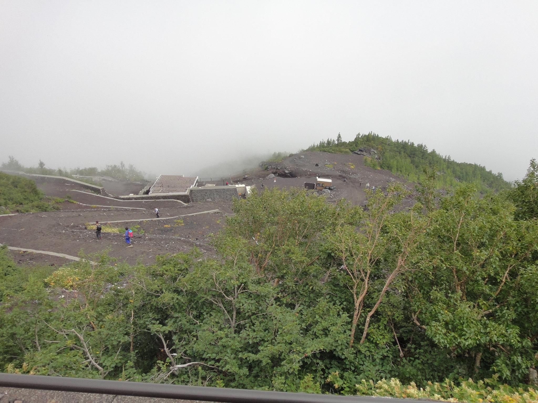 Mount Fuji Sjätte stationen på Yoshida Trail (Subaru-Line Fifth Station, second stop)