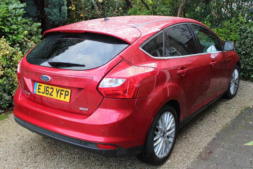 2013 ford focus zetec 1 6 tdci 2013 ford focus zetec 1 6 t flickr. Black Bedroom Furniture Sets. Home Design Ideas