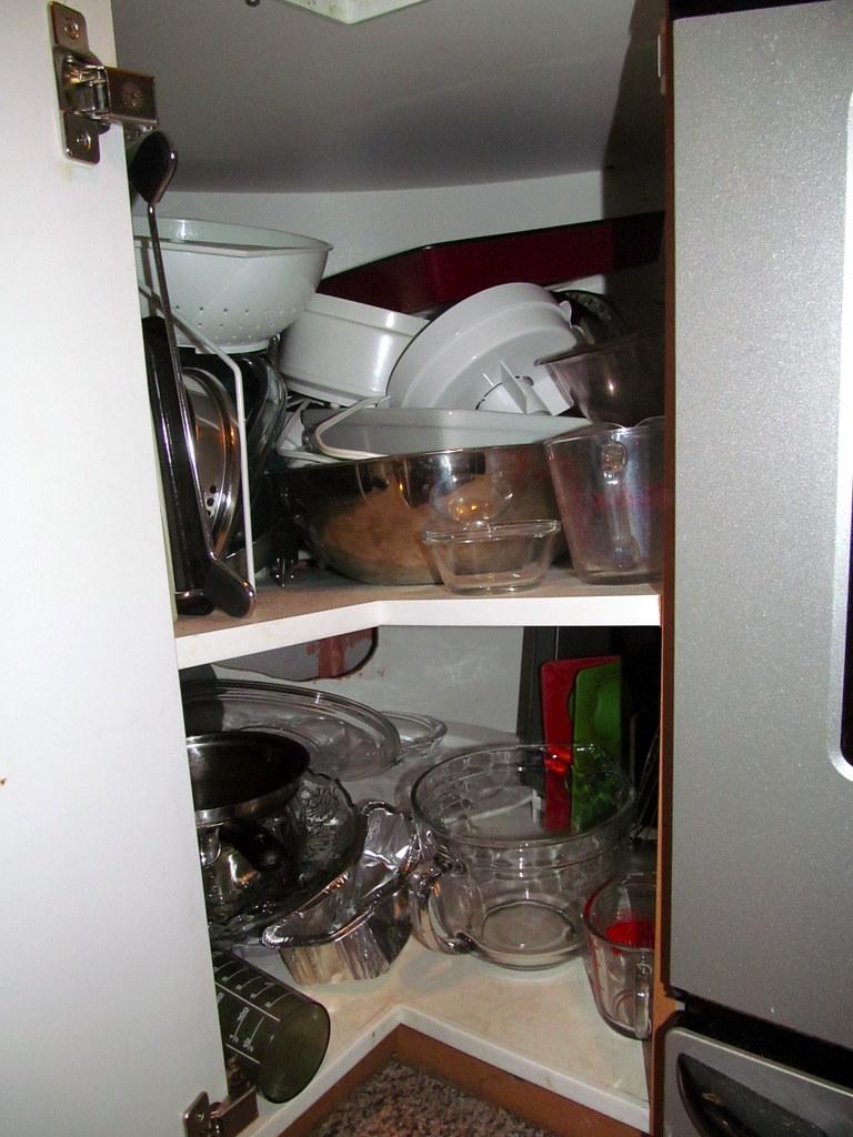 Kitchen Cabinet Pan Organizer