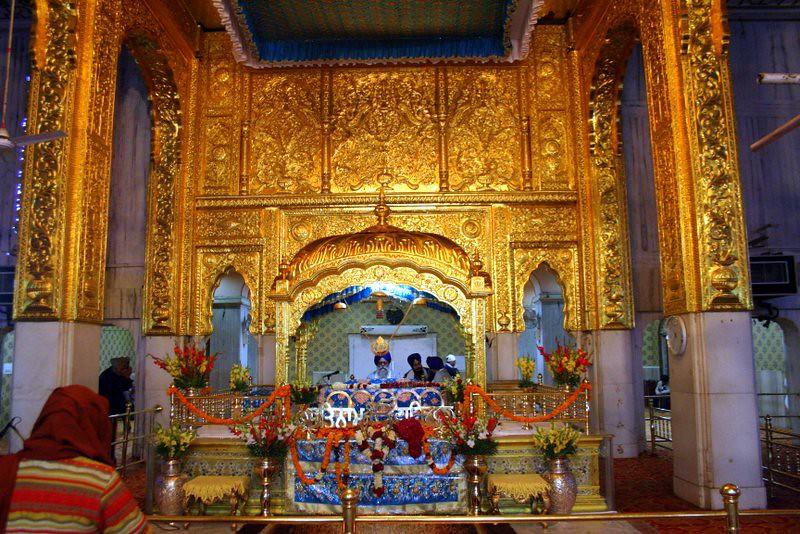 Gurdwara Bangla Sahib Interior   Gurudwara Bangla Sahib is ...