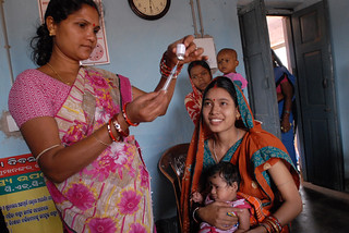 Community health worker gives a vaccination in Odisha state, India | by DFID - UK Department for International Development