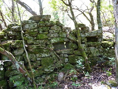 Anciennes bergeries de Lora : ruines d'une ancienne bergerie