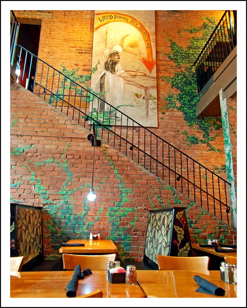 Ann Arbor's Original Cottage Inn Restaurant