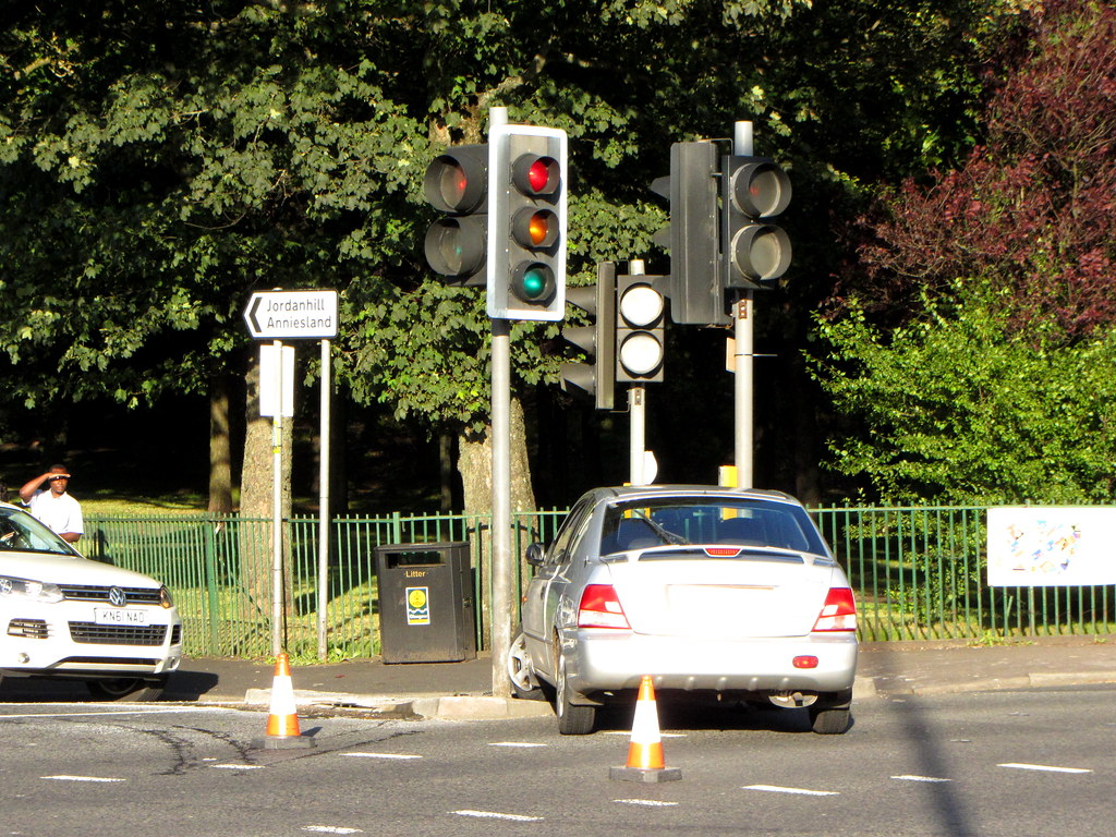A Road Accident Involving Two Cars Vauxhall Vectra And Flickr Hyundai In The West End