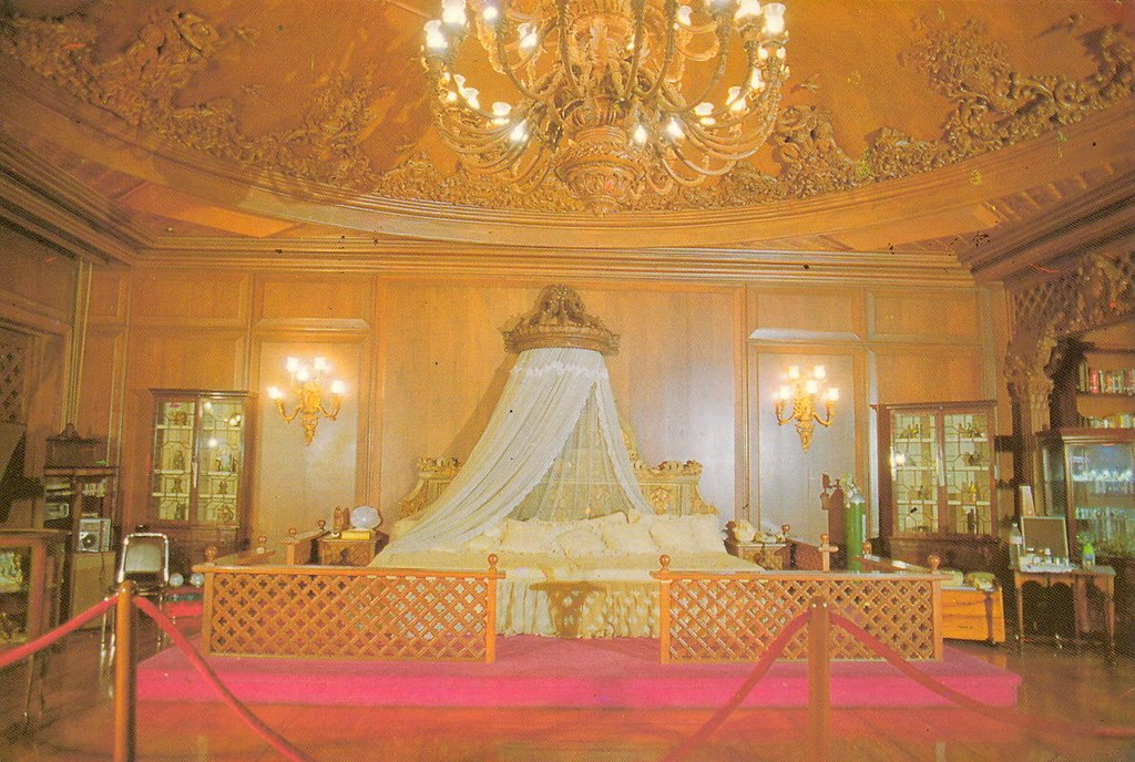 Imelda Marcos Queenly Bedroom In Malacanang Photo From The Flickr