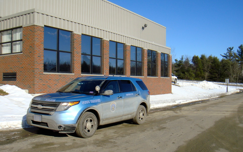 Maine state police maine state police ford explorer for Department of motor vehicles bangor maine