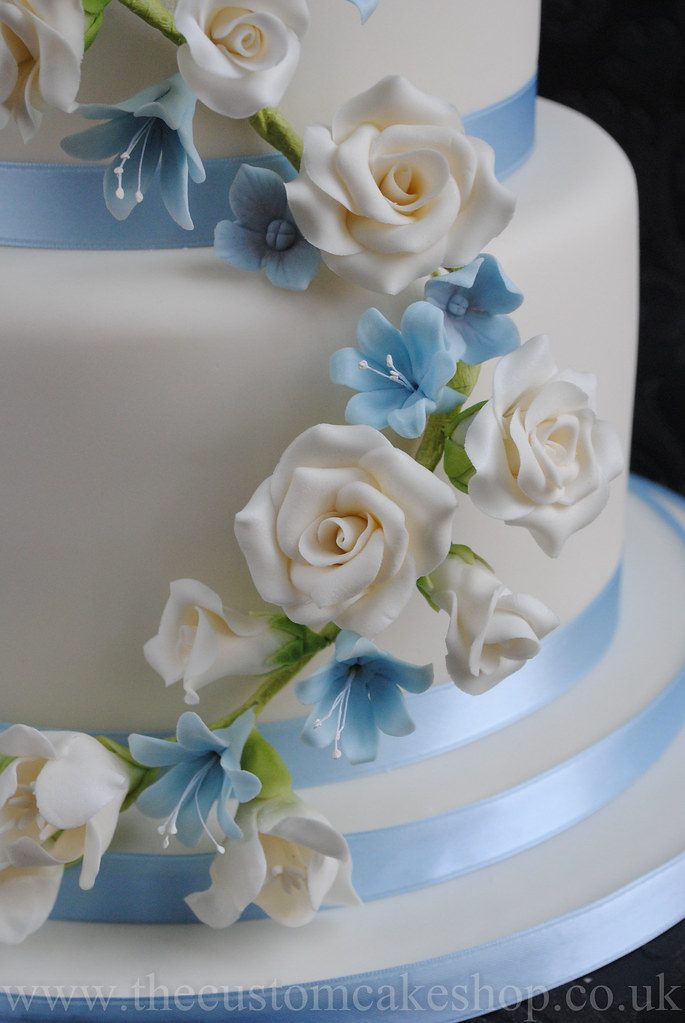 Blue Sugar Flowers For Wedding Cake
