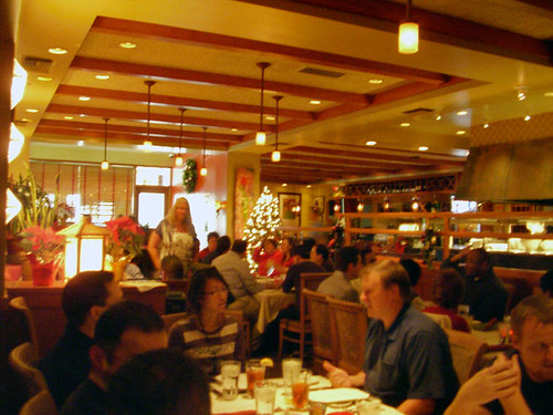 Roy 39 s hawaiian fusion restaurant in newport beach photo for Aura world fusion cuisine