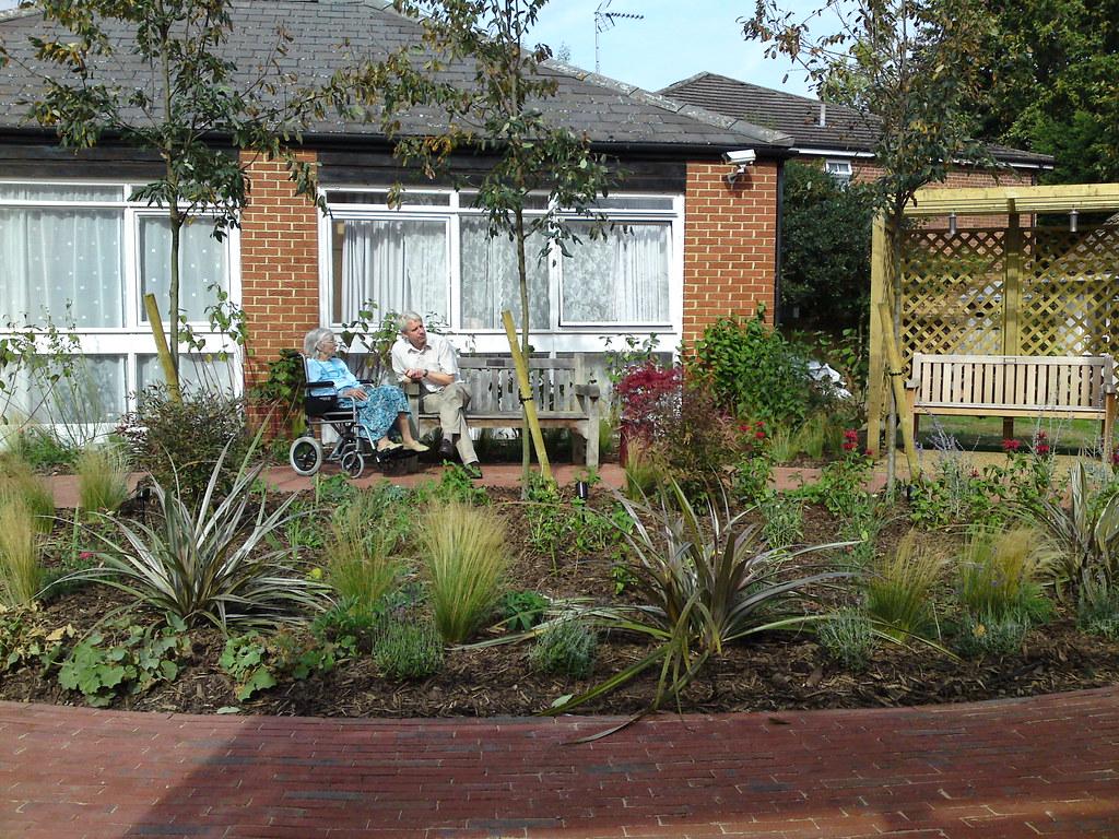 Rhoda maw garden design care home garden for Nursing home garden design