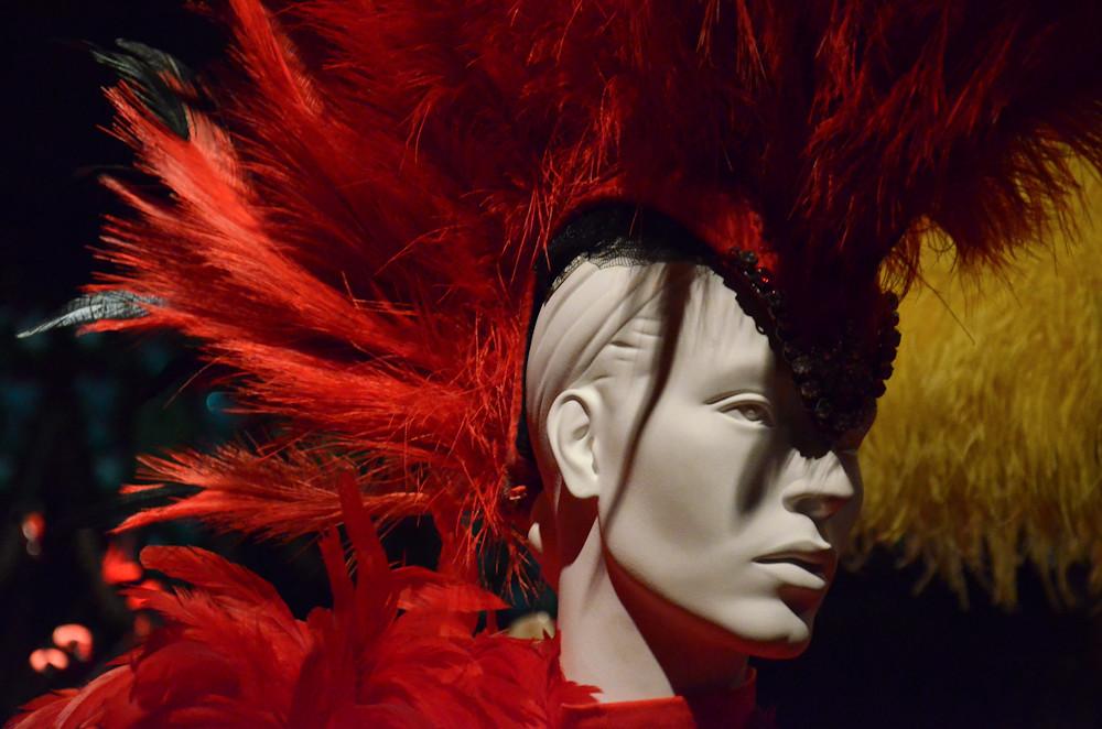 Coiffure Iroquoise Au Musee Des Arts Forains Paris Bercy