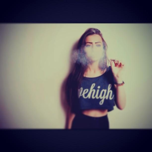 Cute Girl Tumblr Smoke Light Skinned Pretty Flickr