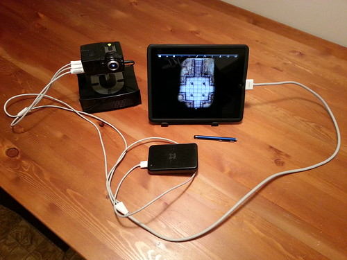 Portable table top dnd projector ipad 1 jailbroken with for Best portable projector for ipad