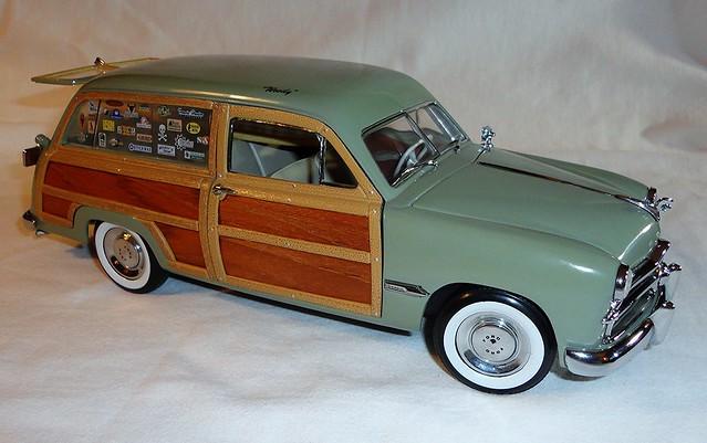 Motor City Classics Diecast Model 1949 Ford Custom