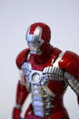 [Revoltech] Sci-Fi #041 Iron Man Mark V