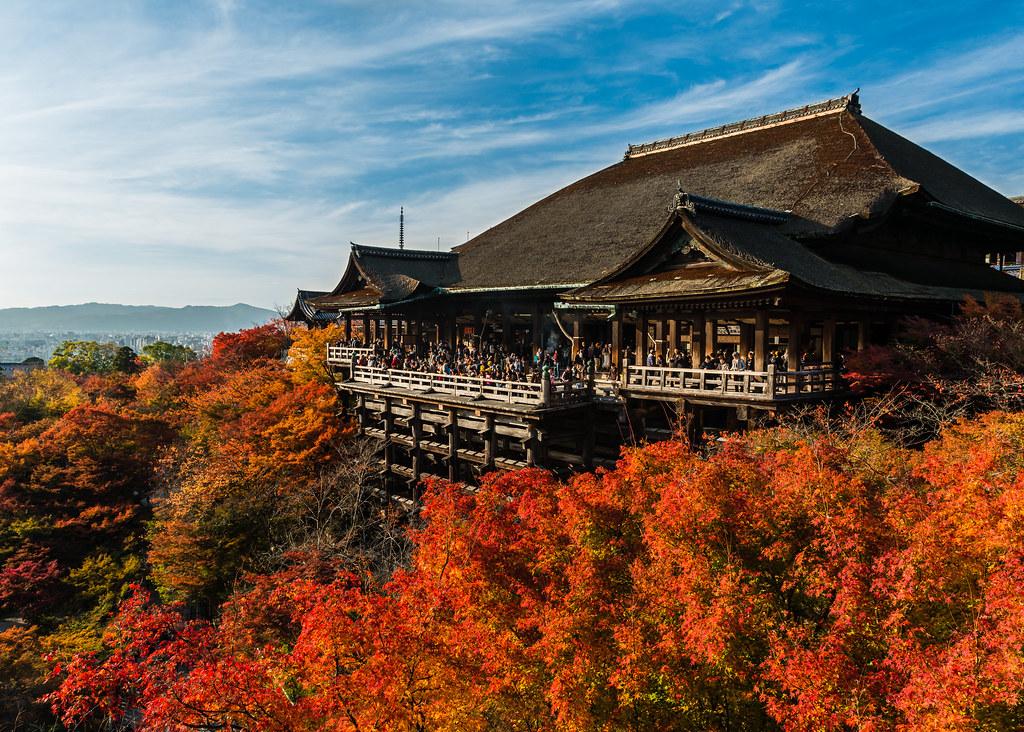 Kiyomizu-dera and Autumn leaves  Kiyomizu-dera itself is ab…  Flickr
