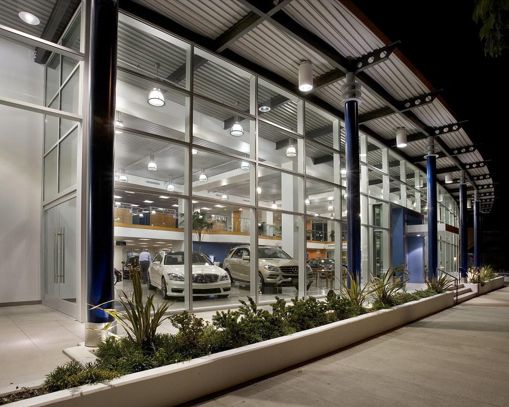 East Facing Ventura Blvd Sidewalk Perspective Of Facility