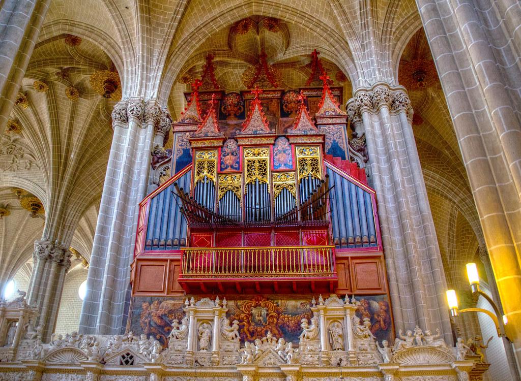 El órgano de La Catedral del Salvador