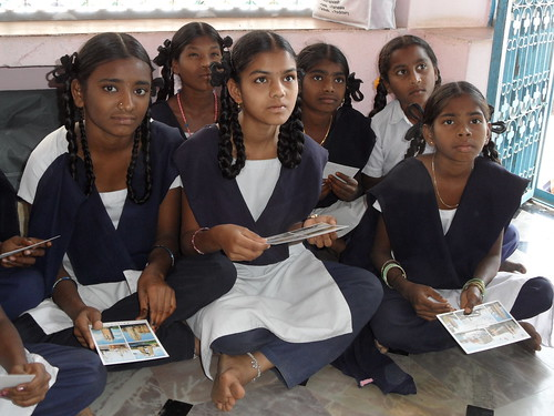 School children at Nandikotur