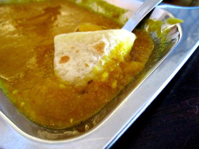 Roti paratha, dhal dip