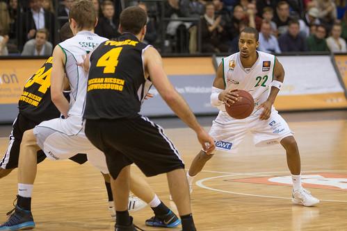 New Trier Basketball