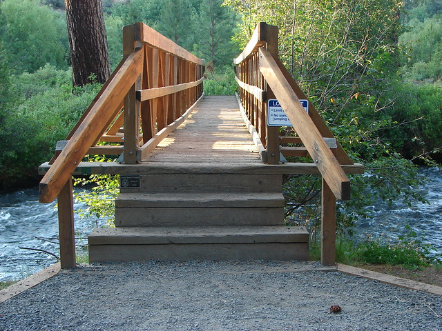 Bridge over Tumalo Creek