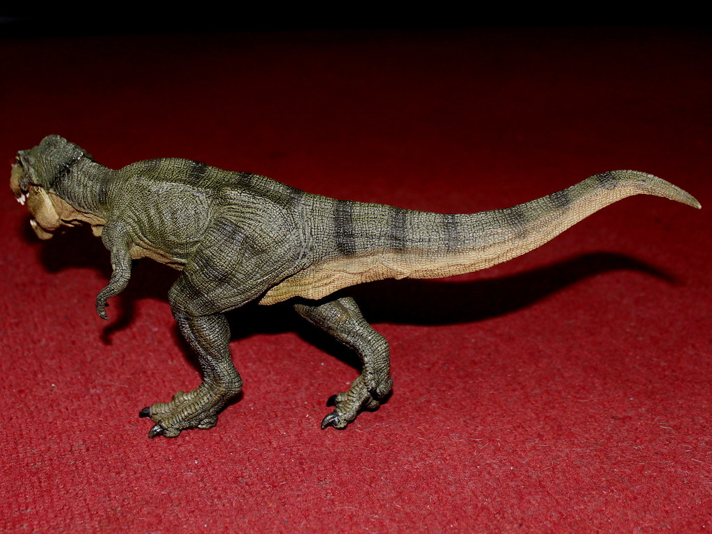Papo running T-Rex | The Papo Running T-Rex is a scaled ... - photo#18